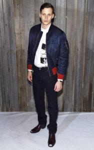 Билл Скарсгард на Calvin Klein Collection в рамках Недели моды в Нью-Йорке, 13 февраля 2018 г.