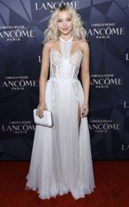 Дав Камерон на мероприятии Lancôme x Vogue L'Absolu Ruby Holiday Event в Западном Голливуде, 5 декабря 2019 г.
