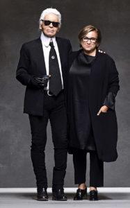 Карл Лагерфельд, Сильвия Вентурини-Фенди на шоу Fendi на Миланской Неделе моды Осень/Зима 2016, 24 сентября 2015 г.