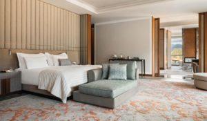 Спальня в Люксе Suite One на курорте One&Only Portonovi